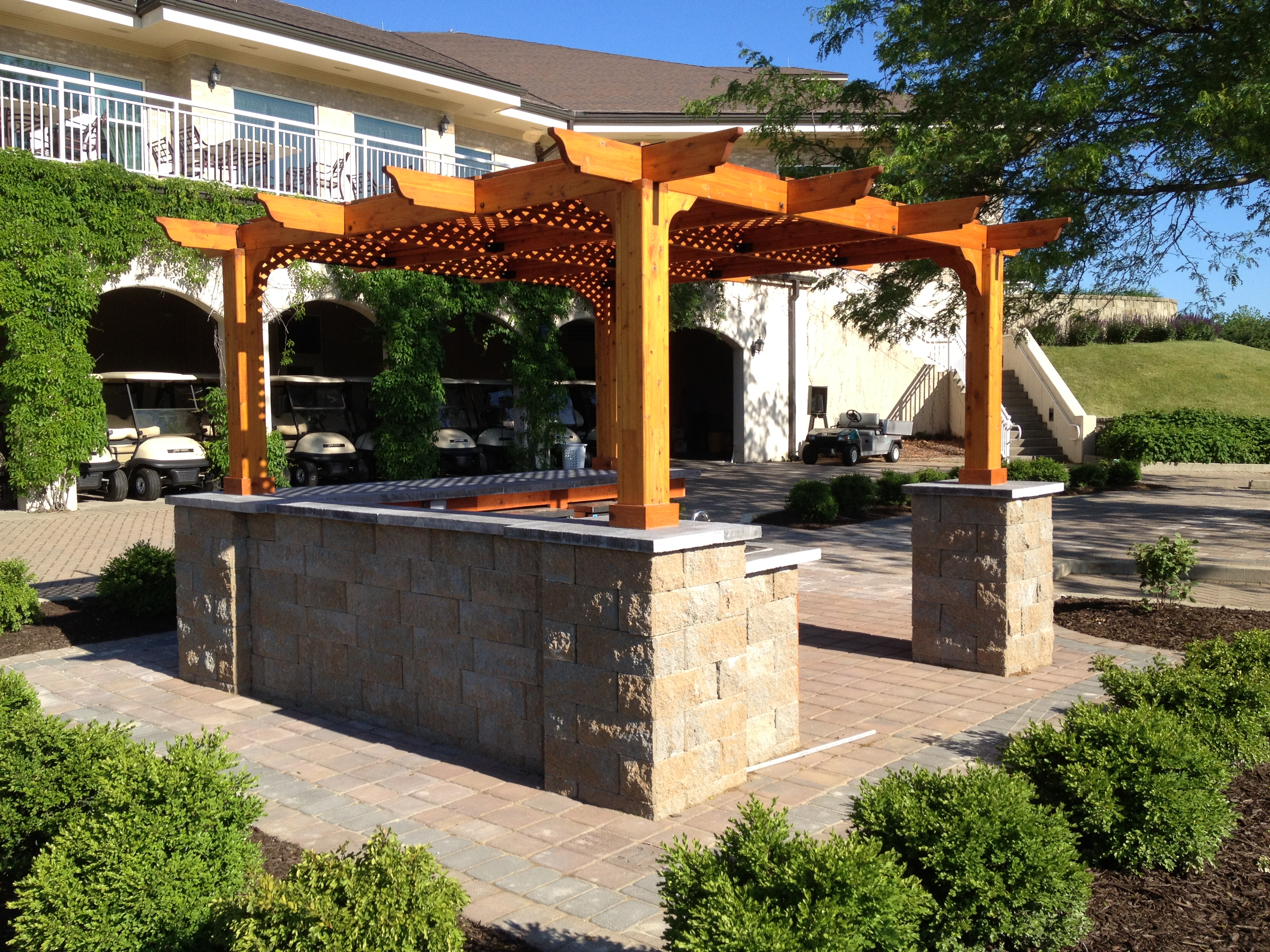 Goetz landscaping retaining wall installation service