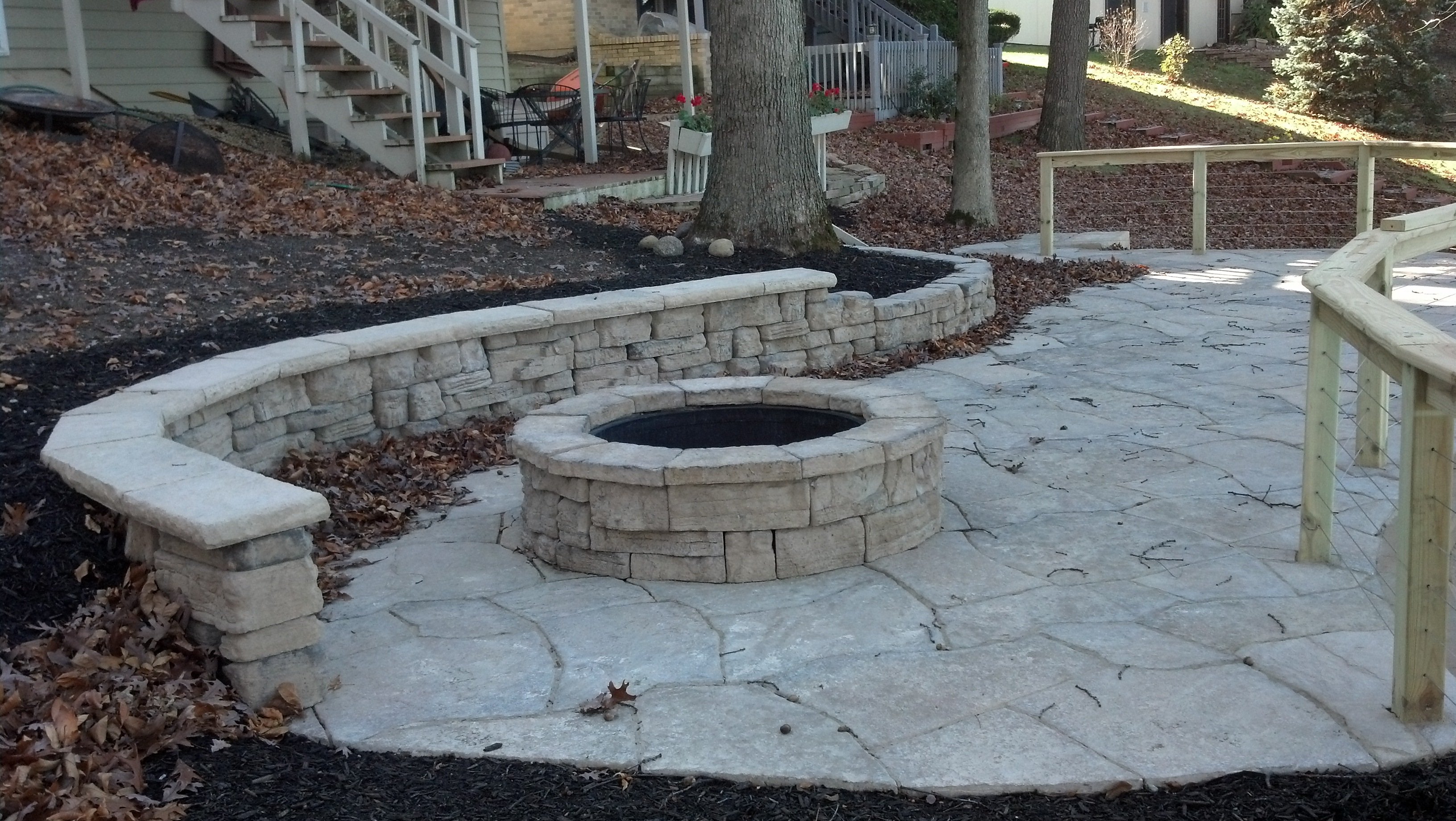 Hardscaping Services Northwest Indiana | Retaining Wall | Paver ...